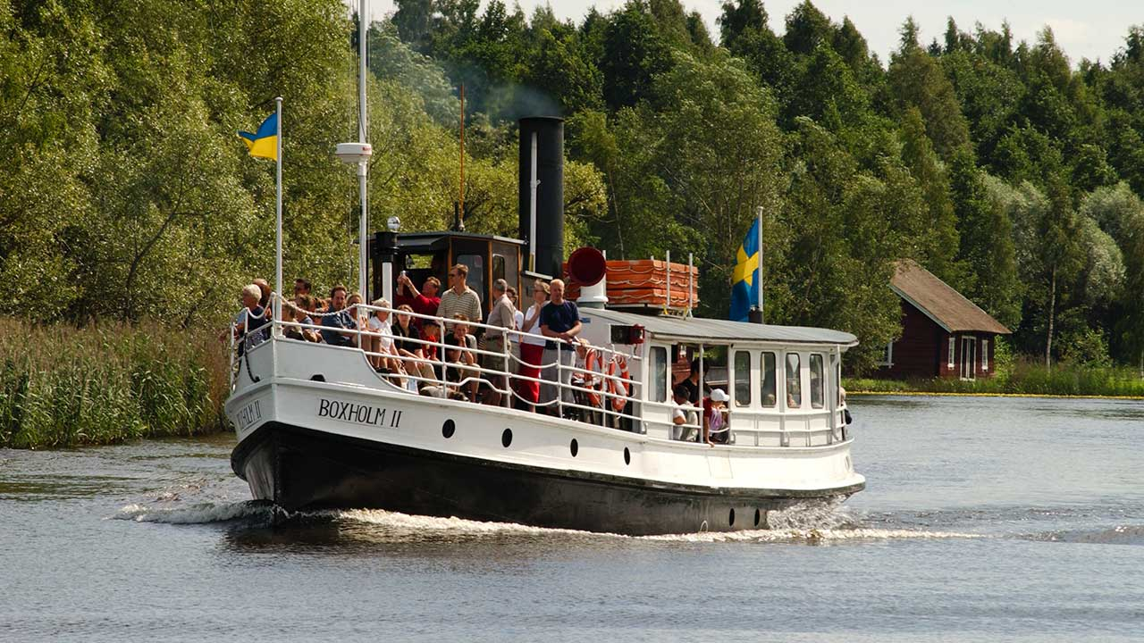 Torgturer med Boxholm II avgår på fredagar under sommaren.