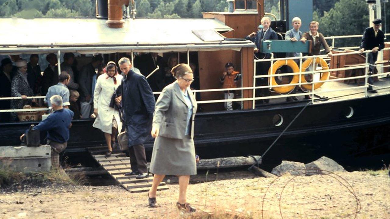 En äldre bild från en ångbåtstur med ångfartyget Boxholm II